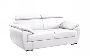 Global United 4571 - Leather Match Loveseat in White color.