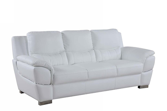 Global United 4572 - Leather Match Sofa in White color.