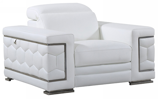 Global United 692 - Genuine Italian Leather Chair in White color.