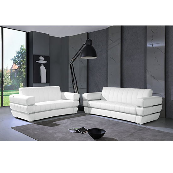 Global United 904- Genuine Italian Leather 2PC Sofa Set in White color.