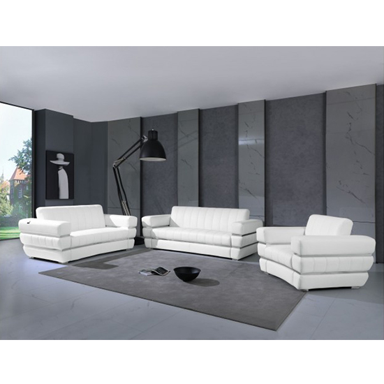 Global United 904- Genuine Italian Leather 3PC Sofa Set in White color.
