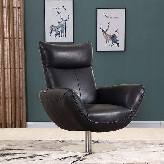 Global United C74 - Genuine Italian Leather Lounge Chair in Black color.